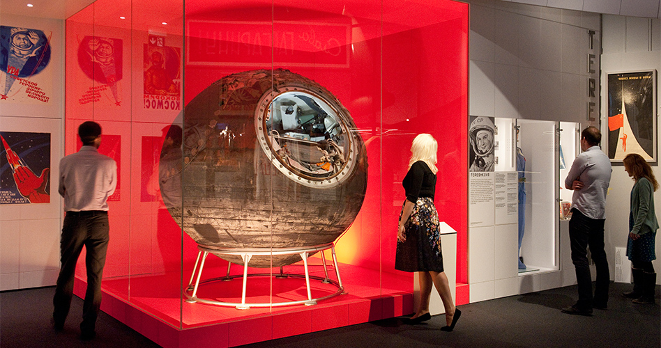 Visitors with Vostok 6 at the Cosmonauts exhibition (C) Science Museum